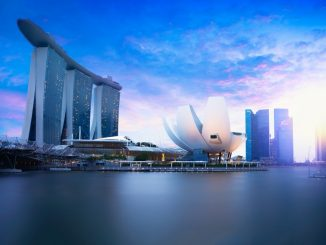 Marina bay Singapore at dusk Singapore city skyline